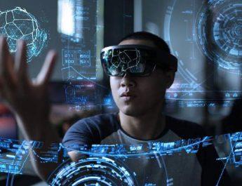 مدیر پلیاستیشن آینده روشن واقعیت مجازی را بسیار دور میداند