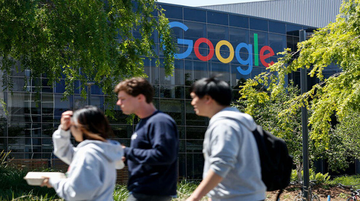 گوگل زمان بازگشت کارمندان به دفاتر را تا ژانویه ۲۰۲۲ به تعویق انداخت