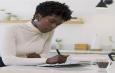 قلم مایکروسافت Slim Pen 2 با قابلیت شبیهسازی حس واقعی نوشتن معرفی شد